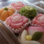 武蔵製菓 工場直売店で上生菓子をば。