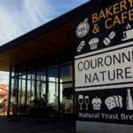 BAKERY&CAFE COURONNE NATURE。