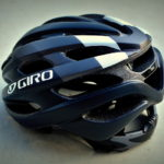 GIRO REVEL Matte Black / White。