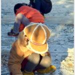初雪に感じる童の心。