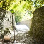 光と水と緑が織り成す自然の神秘・石の教会 内村鑑三記念堂。
